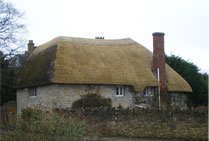 House thatched by Simon Dench